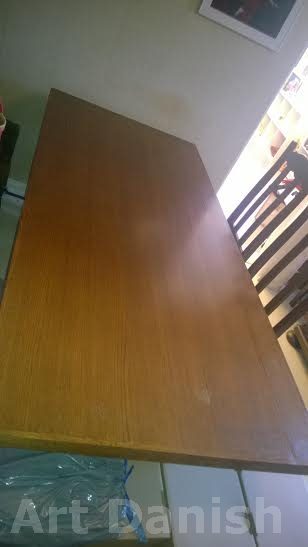 8 thair and dining table eg